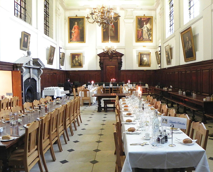Kingdom_Education_Queen's_College_dining_hall